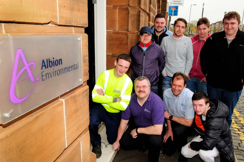 ALBION ENVIROMENTAL APPRENTICE WASTE MANAGEMENT STUDENTS....pic /copyright Iain Brown mbl 07595423918 email info @reportagephotos.com.....pic /copyright Iain Brown mbl 07595423918 email info @reportagephotos.com